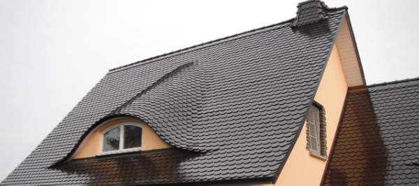 Dach mit Gaupe